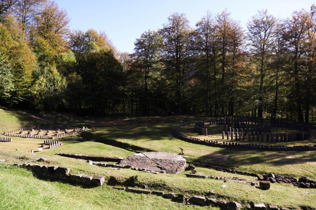 Sarmisegetusa Regia- ruine dacice